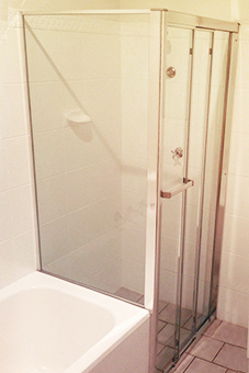 ss-framed2 Shower Screens