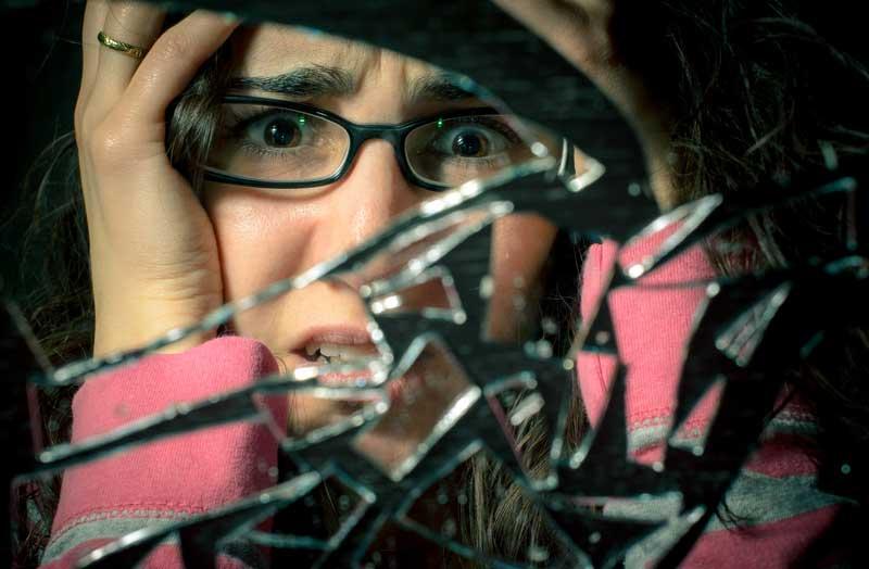 broken-mirror-replacement1 Broken Mirror Replacement