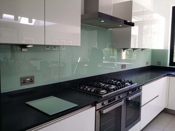 kitchen-splashback How to Update your Kitchen on a Budget