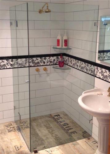 Shower-screen-2 Fully Frameless