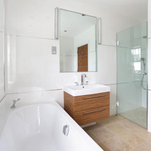 Shower-screen-frameless-5 Fully Frameless V2