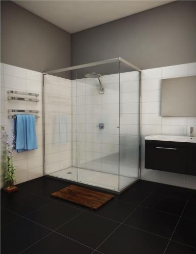 Showerscreen-flies-1 Semi Frameless Slider